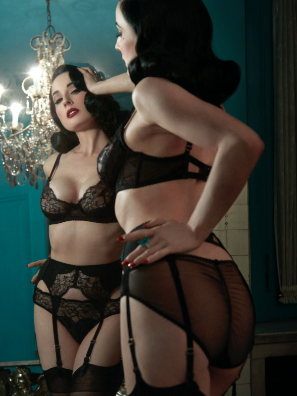 Dita Von Teese Tryst Black Official