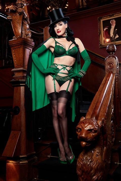 Madame X Juniper